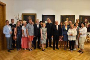 Debaty z udziałem liderów polonijnych i warsztaty dla młodzieży polskiej
